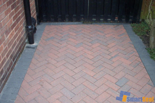 Selaed area of block paving